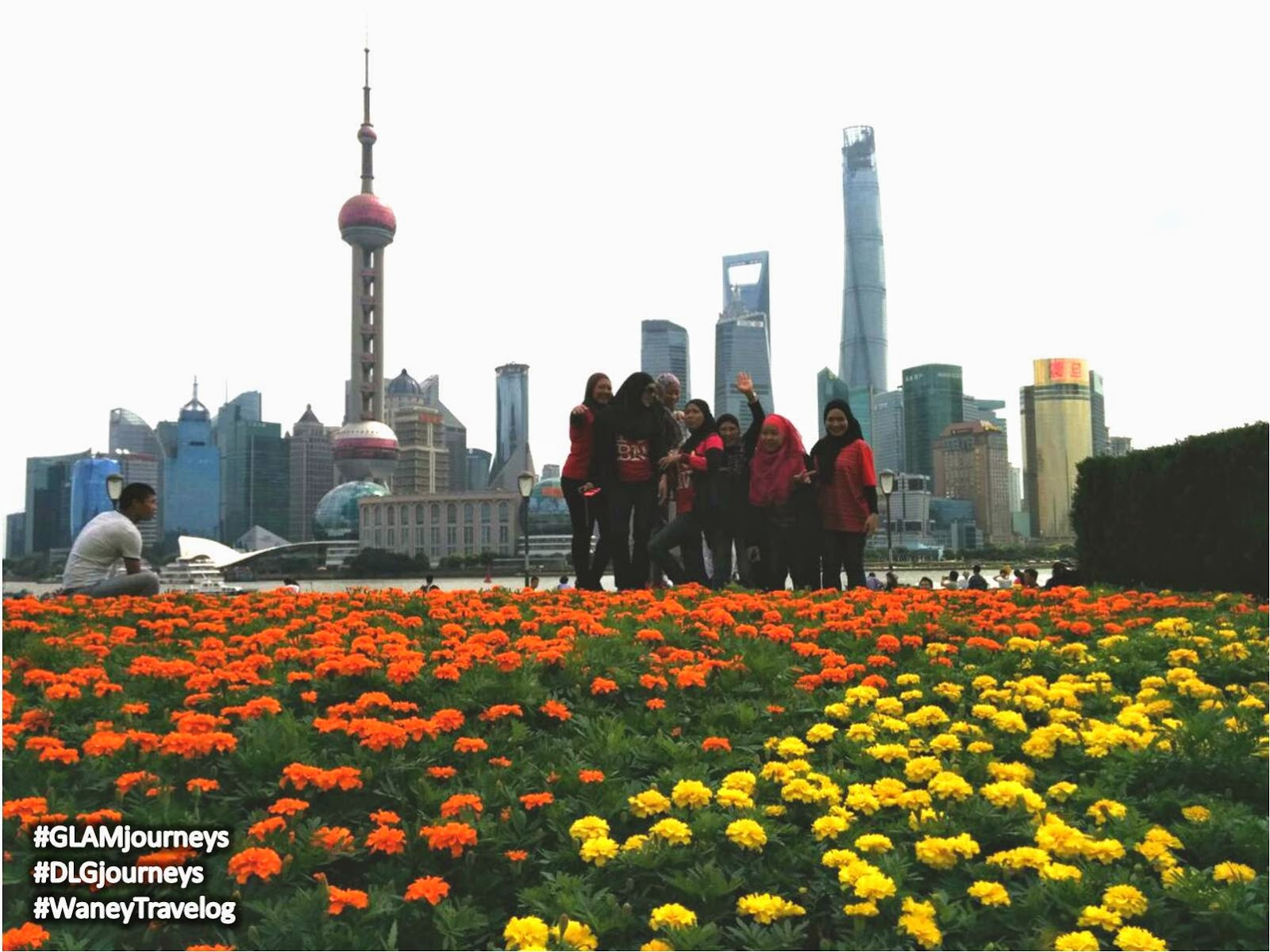 The Bund Shanghai, melancong ke Shanghai, must visit places in Shanghai, tour guide in Shanghai, pakej melancong ke Shanghai, holiday package Shanghai, cuti-cuti Malaysia, Huangpu River, Oriental Pearl Tower, Shanghai Tower, Shanghai World Financial Tower, Glam journeys, DLG Journeys, Glampreneur, Dynamic Leaders group, Waney Travelog, Waney in Shanghai, Waney Zainuddin, Premium Beautiful Business, peluang perniagaan 2014