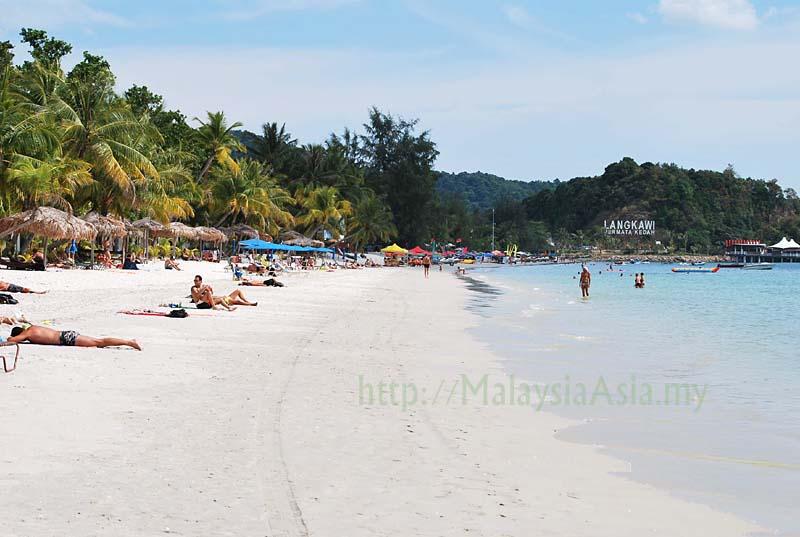 Pantai Cenang Beach Hotels