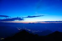Kurz vor dem Sonnenaufgang - Blick vom Laugen