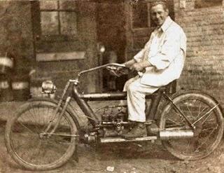 7 Motor Tertua Di Dunia