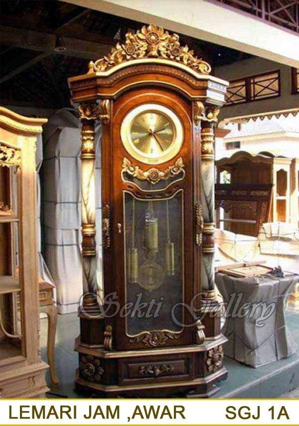 lemari jam kayu besar