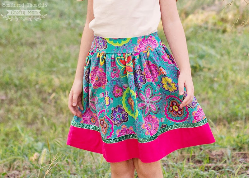 http://www.scatteredthoughtsofacraftymom.com/2014/10/free-flat-front-skirt-tutorial-pattern.html