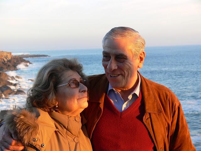 https://pixabay.com/en/retired-love-future-family-built-784483/