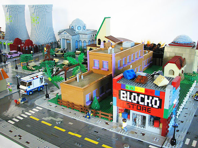 http://www.lostateminor.com/2014/08/13/lego-fan-builds-scale-model-entire-town-springfield/