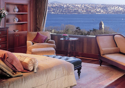 Ritz-carlton-istanbul-room-balcony-sea-view-bosphorus