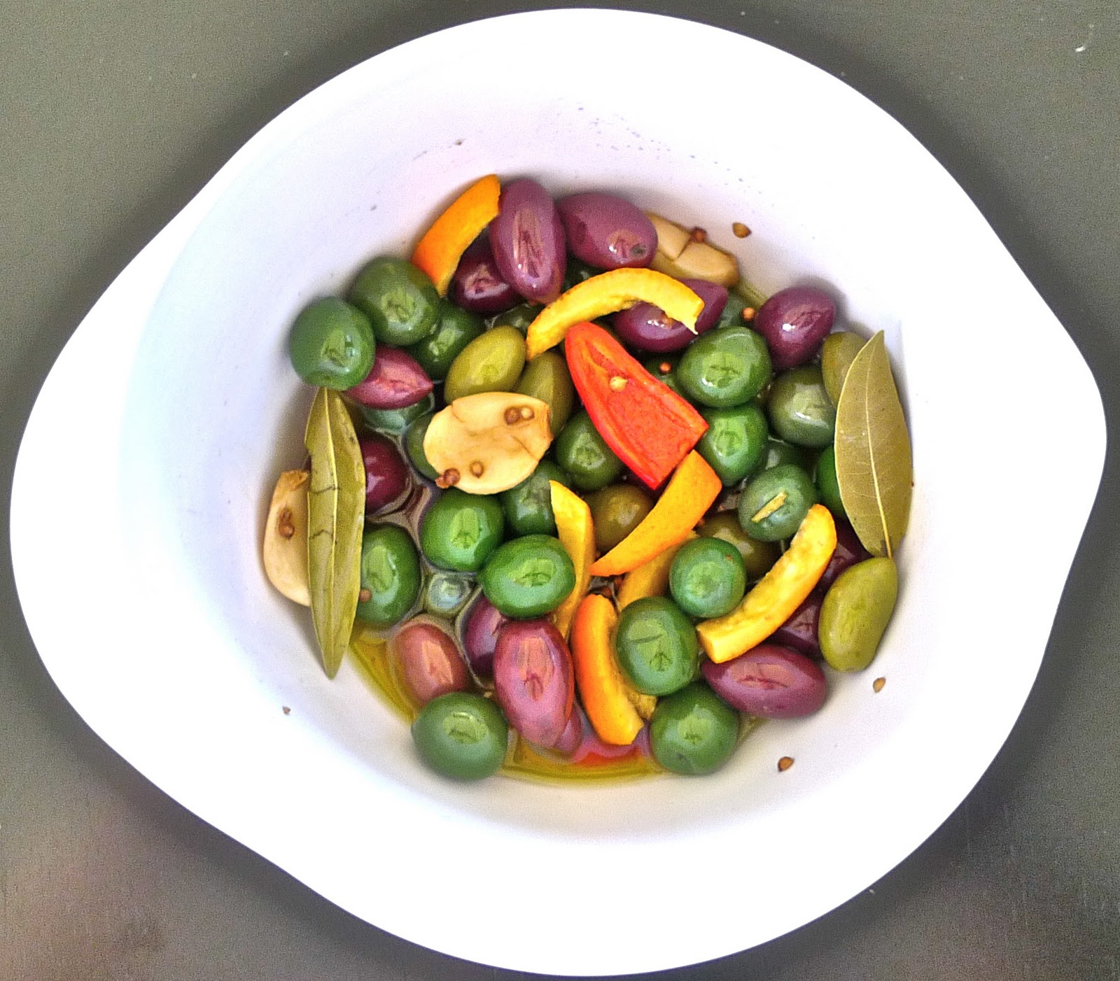 siriously delicious: Citrus-Marinated Olives