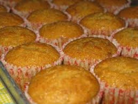 Membuat Kue Muffin Rasa Pisang Citarasa Lokal