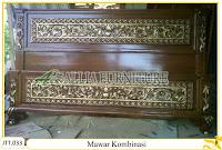 Tempat tidur ukiran kayu jati Mawar Kombinasi Emas