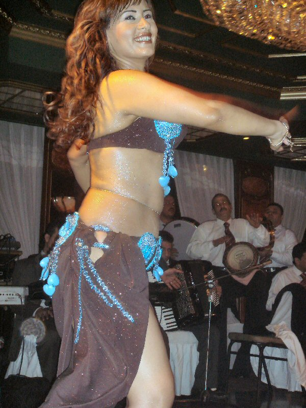 Chubby belly dancers