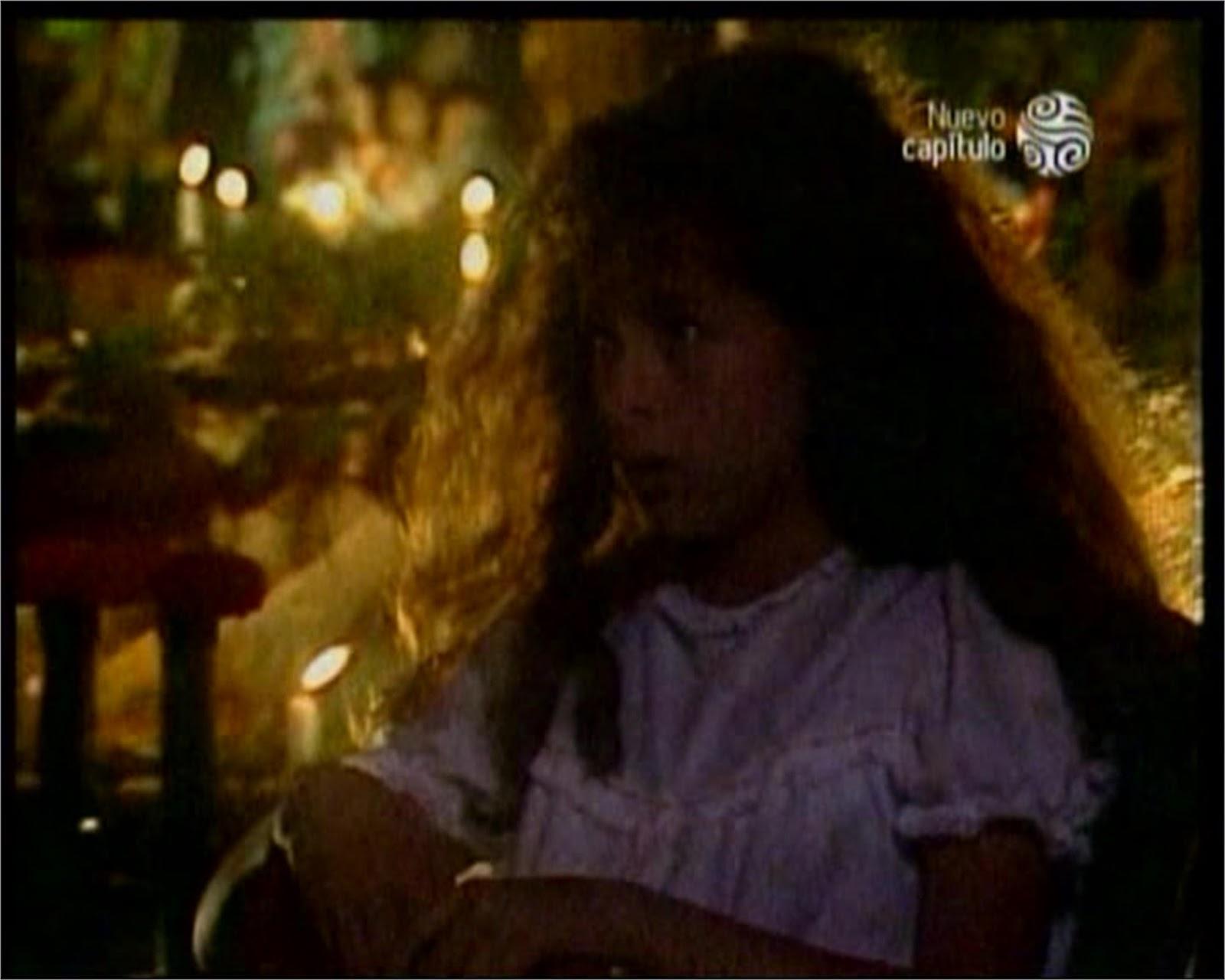 Danna García fotos..La Casa de las dos Palmas 1990 - Página 3 EVANGELINA+(DANNA+GARCIA+NI%C3%91A)+ZZE