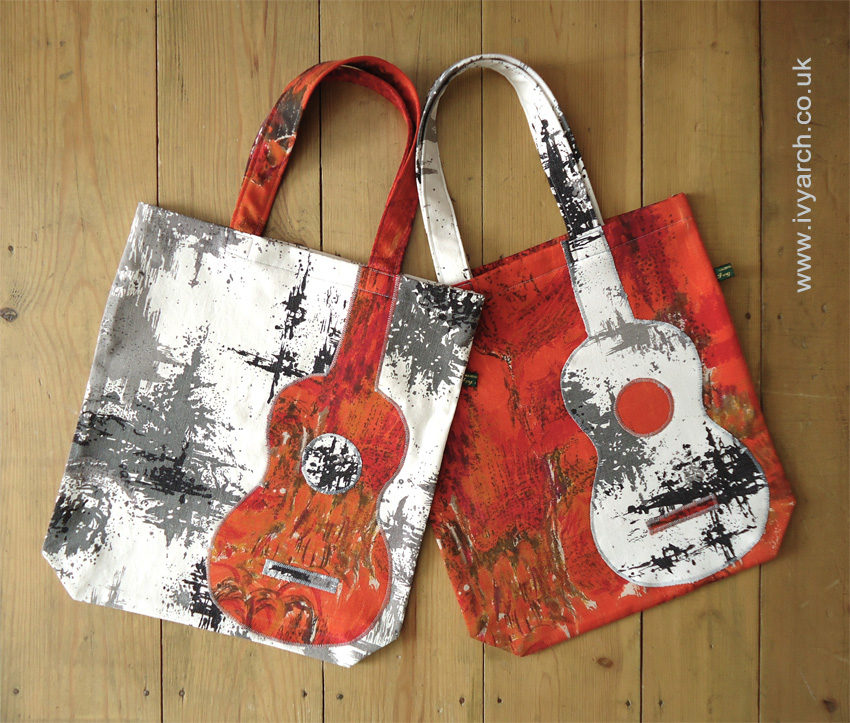 Ivy Arch: Abstract Expressionist book bags in the Ivy Arch shop