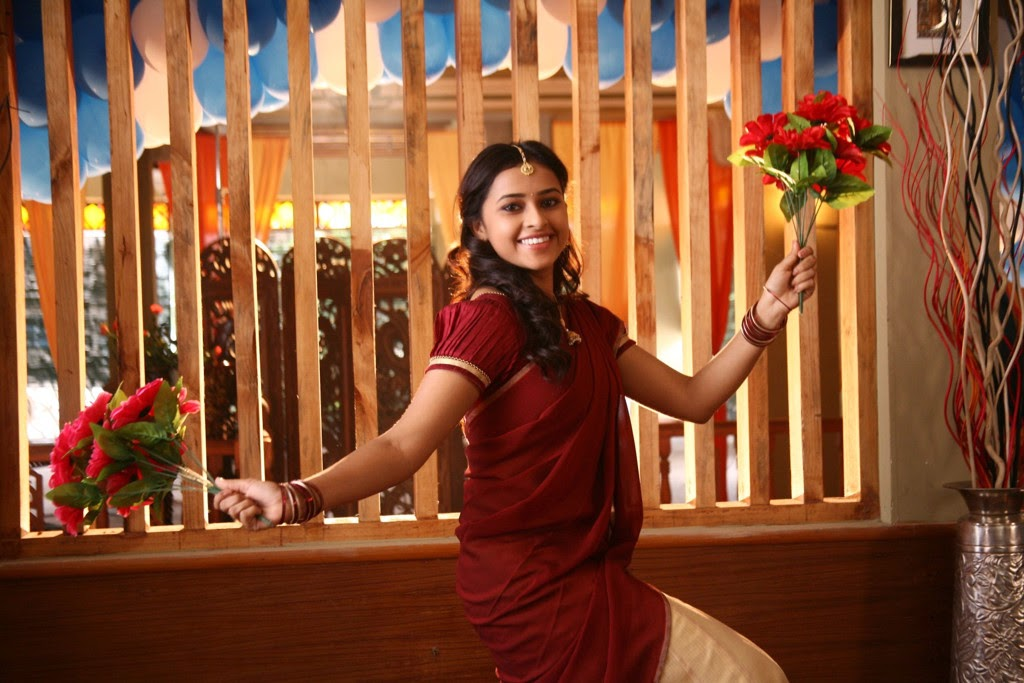 Sri Divya latest glamorous photos-HQ-Photo-4