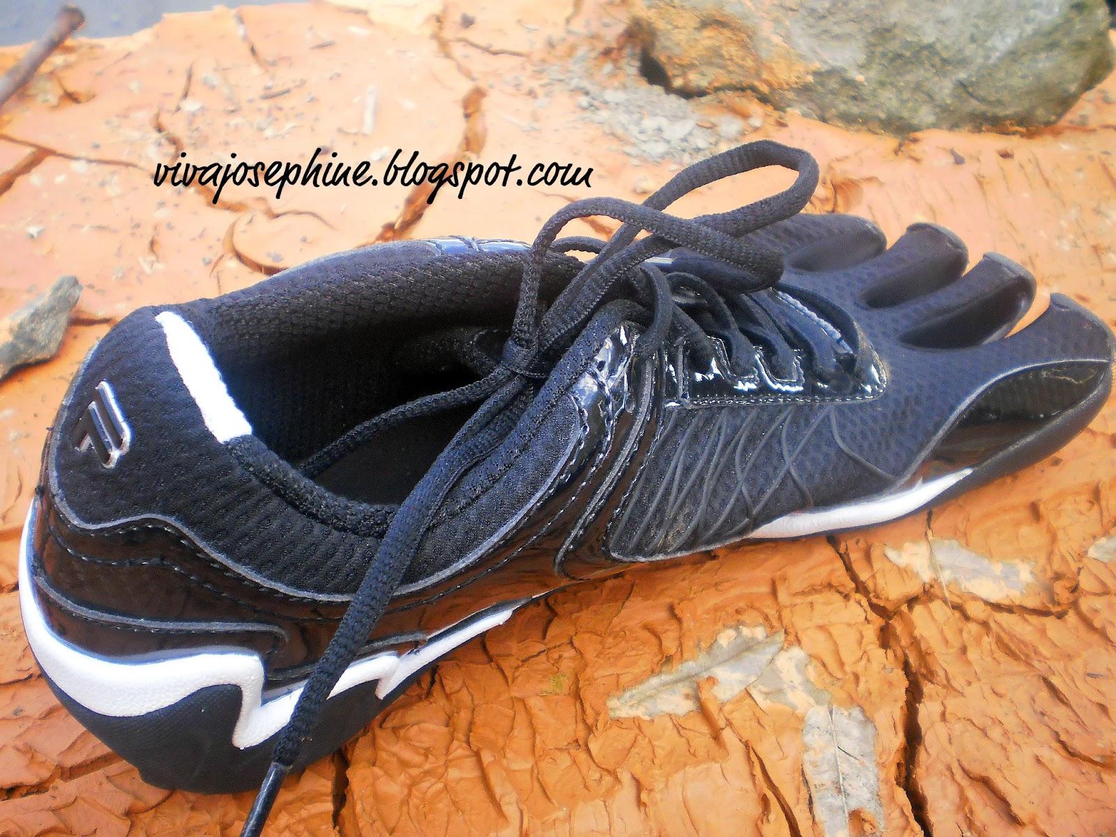 BHFO 5015 D Fila Mens Skele Toes EZ Slide  Black Scuba Running Shoes 10 Medium