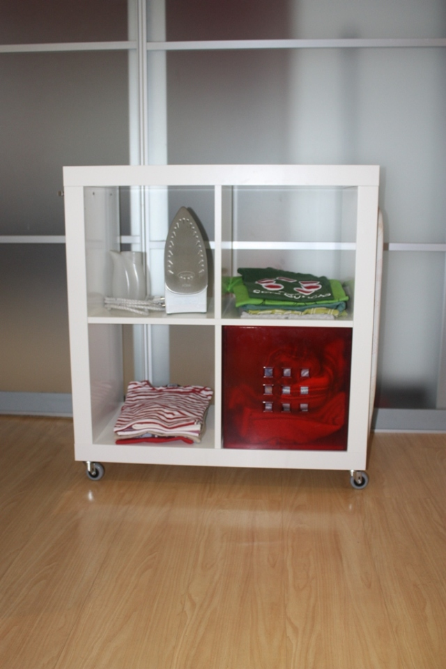 ikea hack expedit mueble para planchar