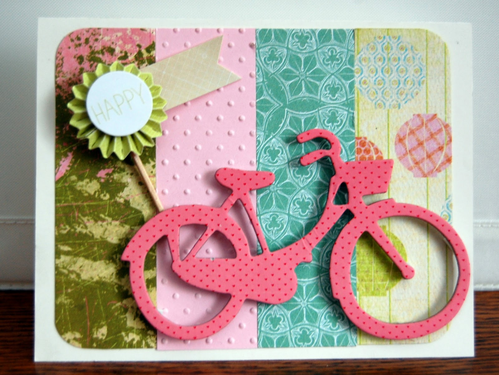 How to design scrapbook using colored paper - The Paper Variety