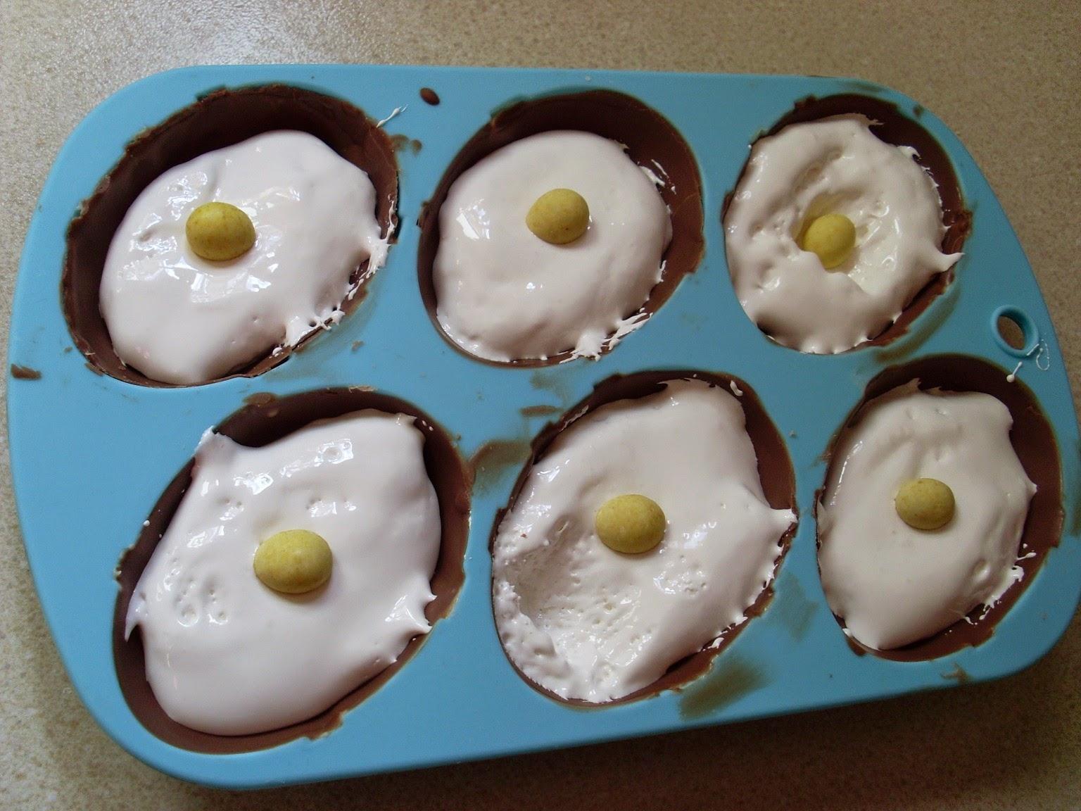Cakeyboi: Easter Egg Teacakes