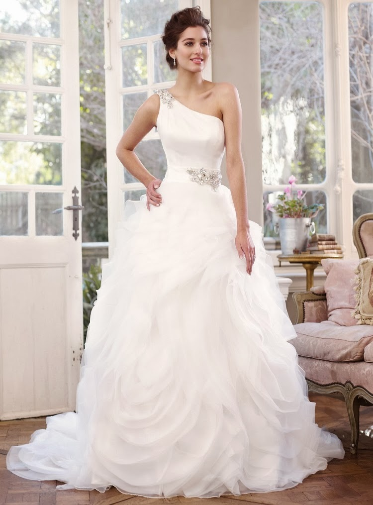 The perfect wedding dress for every body type the daily for A shaped wedding dresses