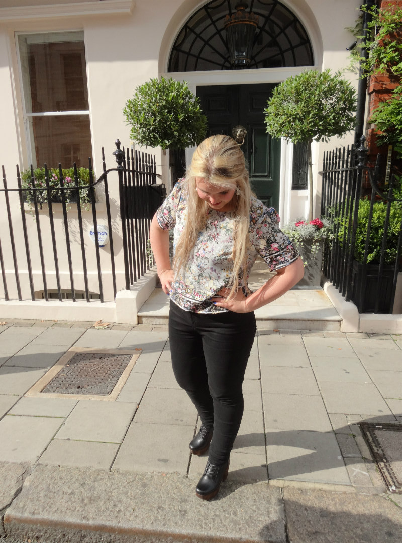 Flower patterned Oasis V&A Collection Top with Topshop shoes