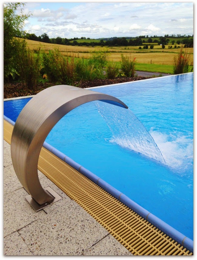 Farnham Estate Indoor Outdoor Infinity Pool