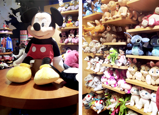 Disney store, mickey mouse, dublin, ireland