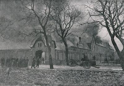 Sfeerbeeld tijdens de brand van het Ieperse krankzinnigengesticht in 1912