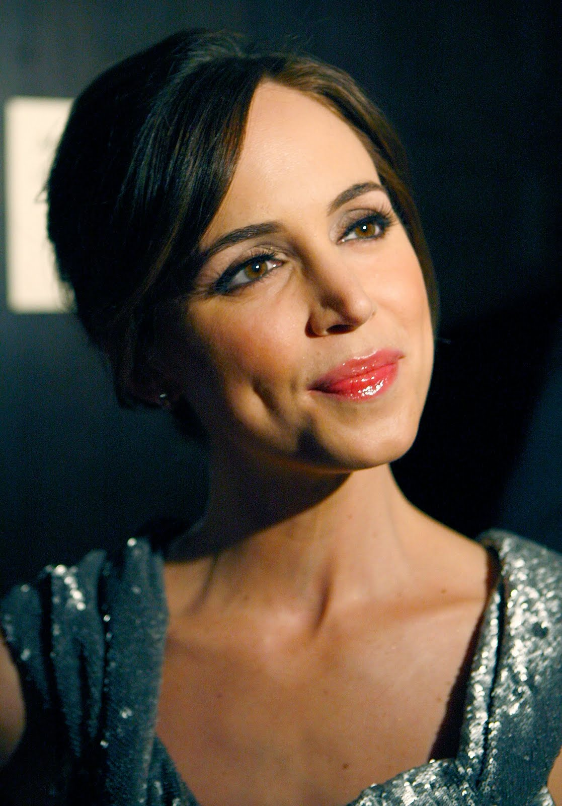 http://4.bp.blogspot.com/-RTcQ3s6WJcs/TlxpJZd1WtI/AAAAAAAABK8/1rDoznBQ37g/s1600/Eliza_Dushku_Actress_Free_Download_High_Resolution_HD_HQ_Desktop_Backgrounds_Face_Wallpapers_21019.jpg
