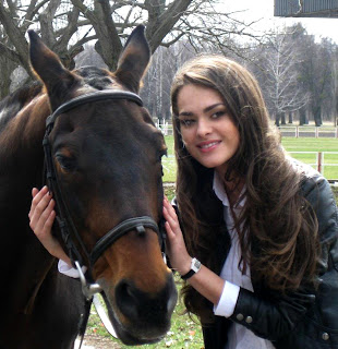 Beautiful Olesya Stefanko with Horse HD Wallpaper