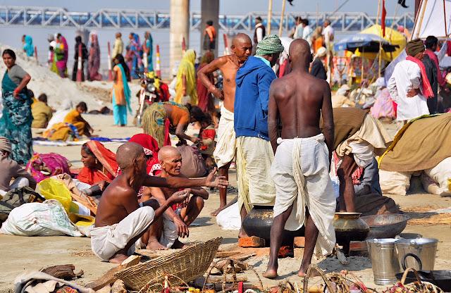 Kumbh mela 2013 ganga allahabad men indian