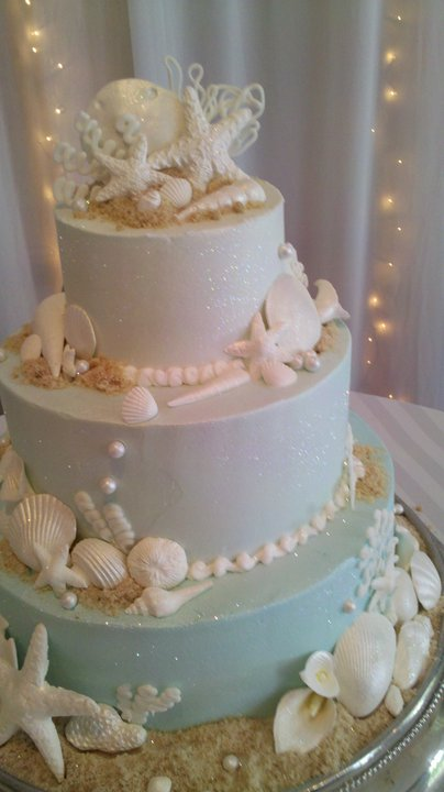 Beach themed wedding cake leslies cake blog from stans beach themed wedding cake junglespirit Image collections
