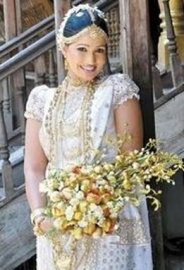 Sri lankan bridal dresses fashion and culture for Sri lankan wedding dress