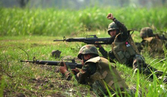 Marinir latihan