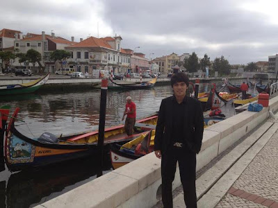 Gambar Nazmi Faiz Di Portugal