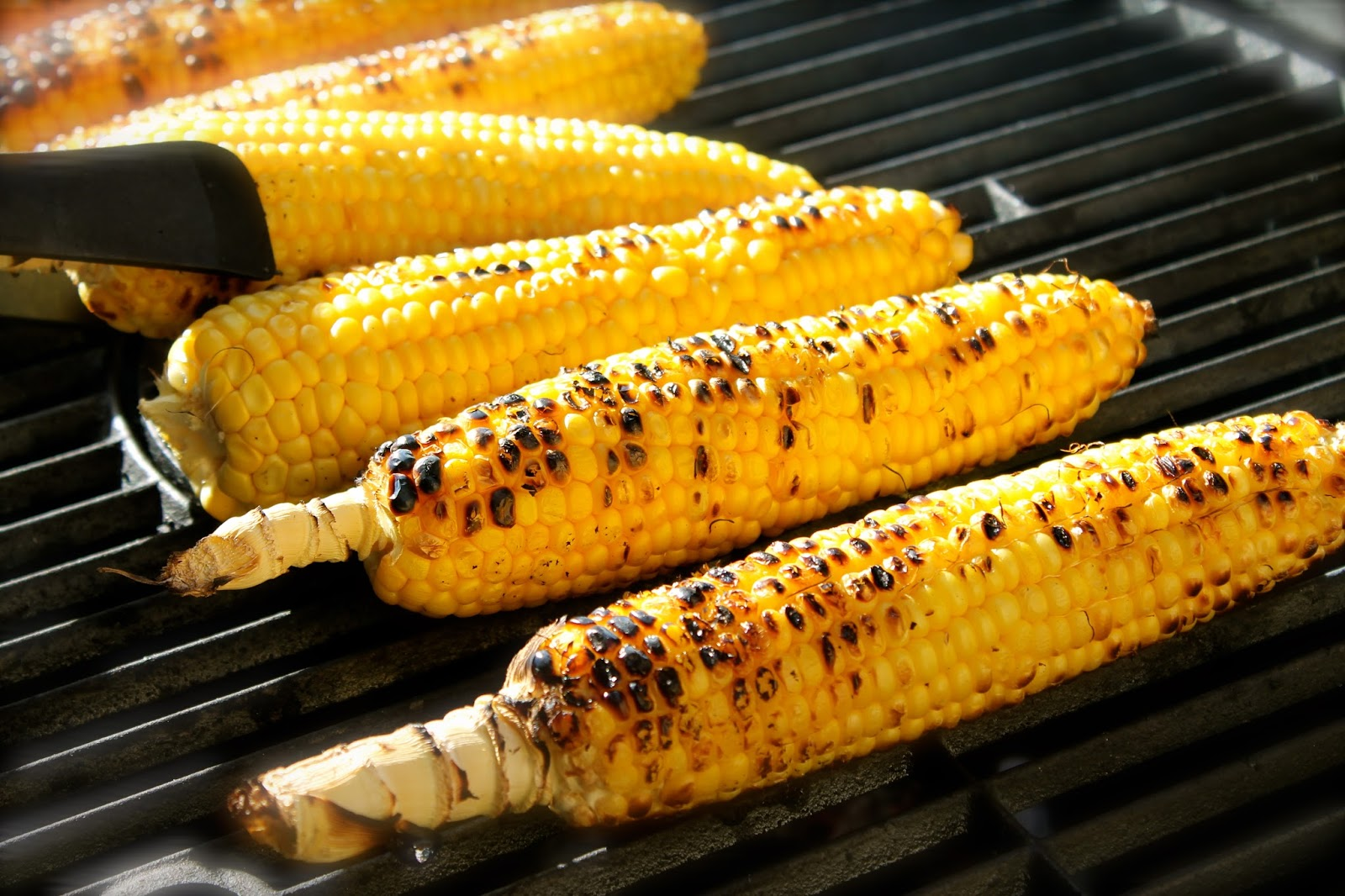 Savoir Faire: Grilled corn on the cob