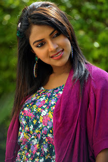 Amala Paul new trendy Picture shoot 013.jpg
