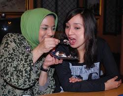 Cinta Ibu pada Anaknya, Marissa Haque & Isabella Fawzi