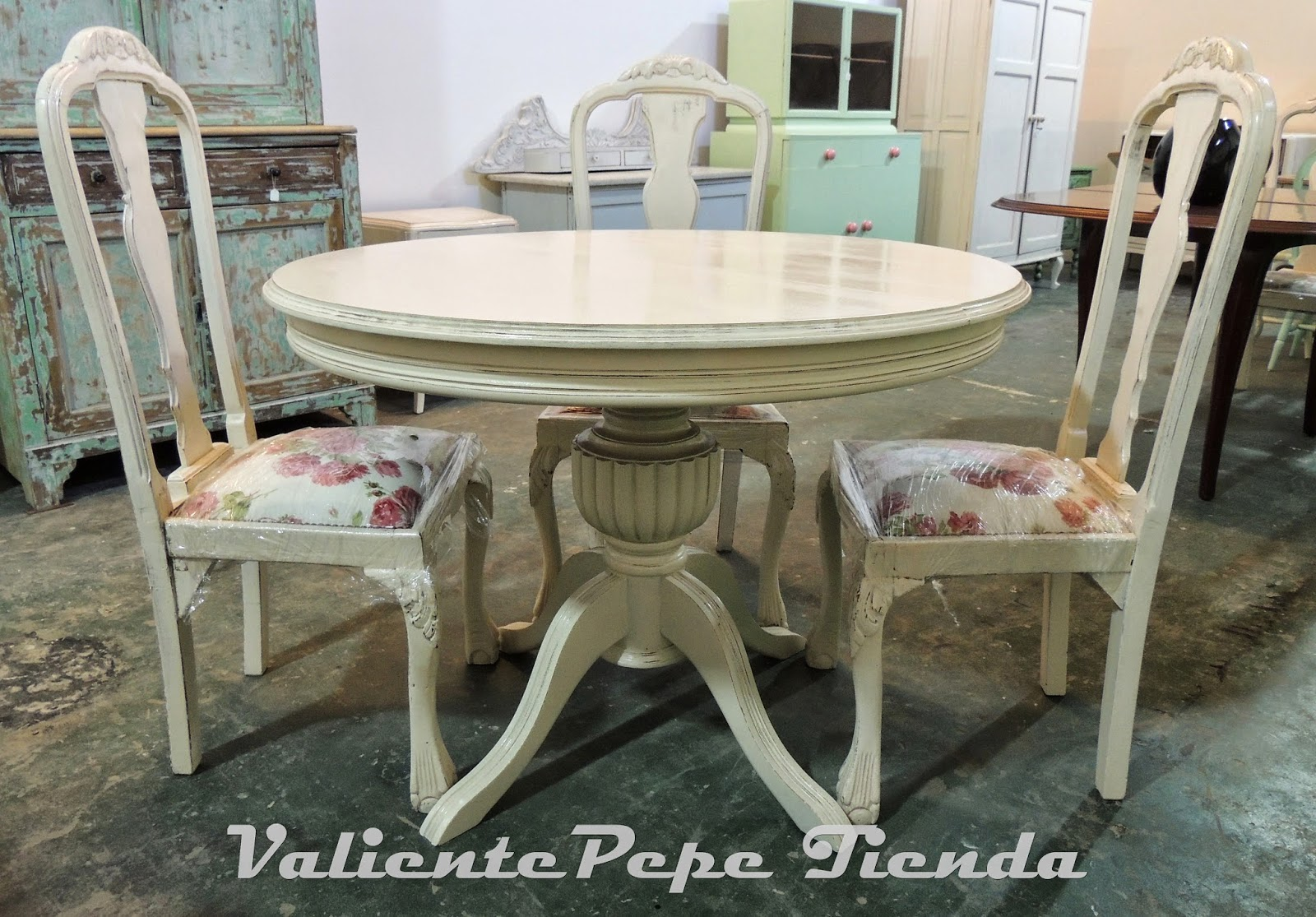 Antgua mesa redonda pata central roble torneada con - Patas para mesas redondas ...