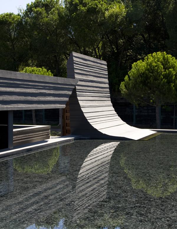 Unique garden design on cristiano ronaldo home designed by joaquin torres