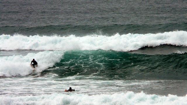 surfista en la ola 02