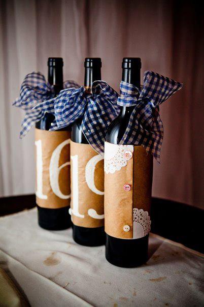 Diy wine bottle table numbers linen lace love - Botellas de vino decoradas ...