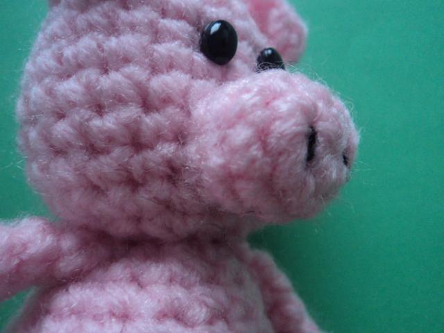 Pig Amigurumi To Go : Little Bigfoot Pig Free Crochet Pattern ~ Amigurumi To Go