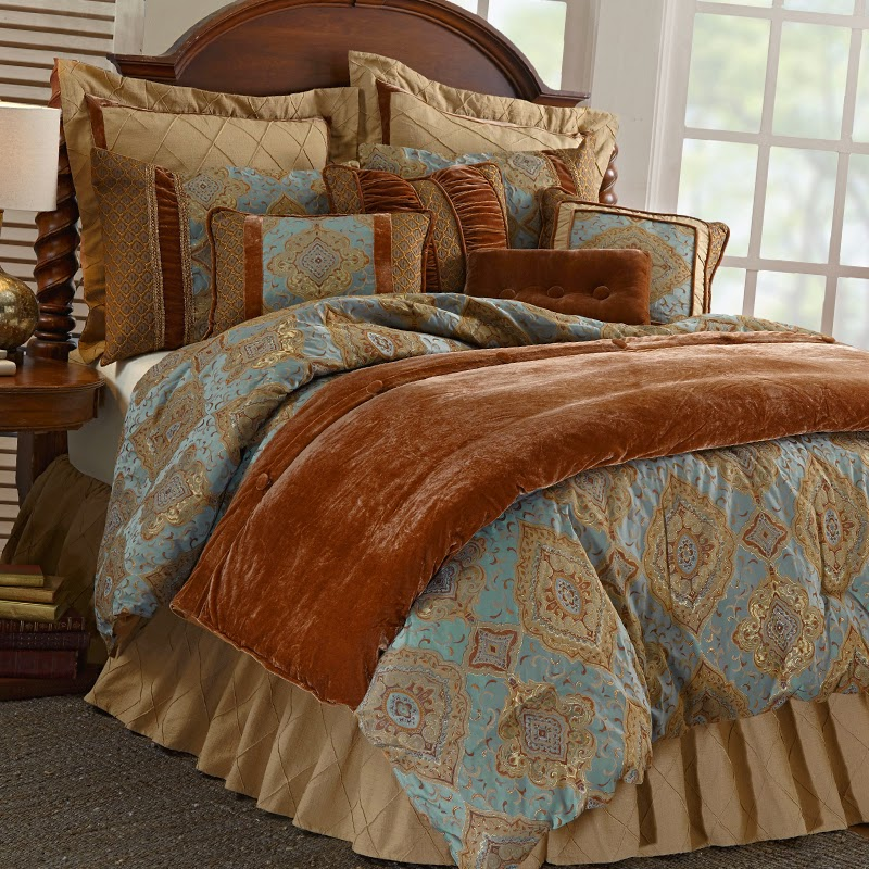 Bianca Comforter Set, HiEnd Accents Bedding