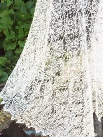 TE KOOP: Bruidssjaal.