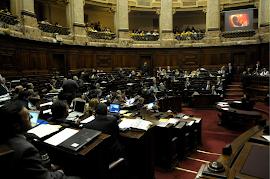 Câmara dos Deputados do Uruguai aprova projeto que libera aborto