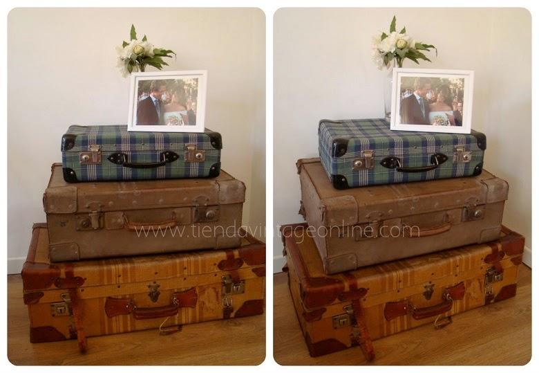 Conjuntos de maletas antiguas. Inspiración. Mesitas auxiliares vintage. Tienda decoración vintage valencia.