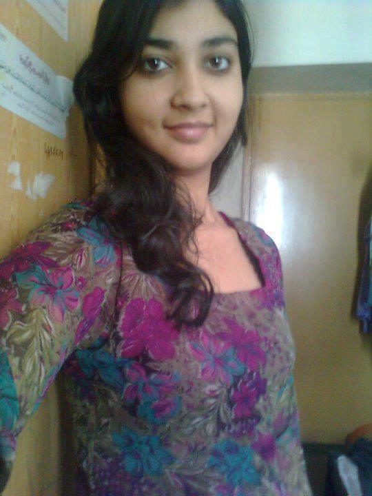 Desi girls only for desi boys desi girl in door - Desk girl image in ...