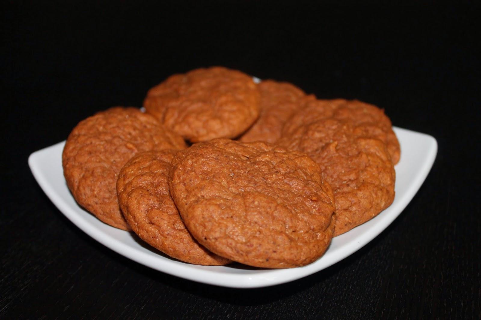 Not so ordi-NANNY me!: Pumpkin Protein Cookies