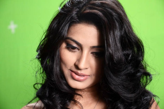 Tamil Actress Sneha Latest Cute Photo Shoots Gallery Photoshoot images