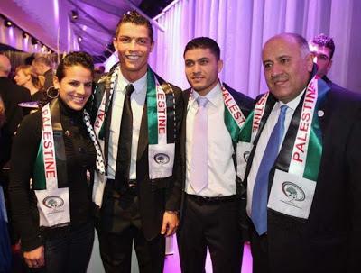 Cristiano Ronaldo Lelong Kasut Emas 1.4 Juta Euro Demi Gaza?