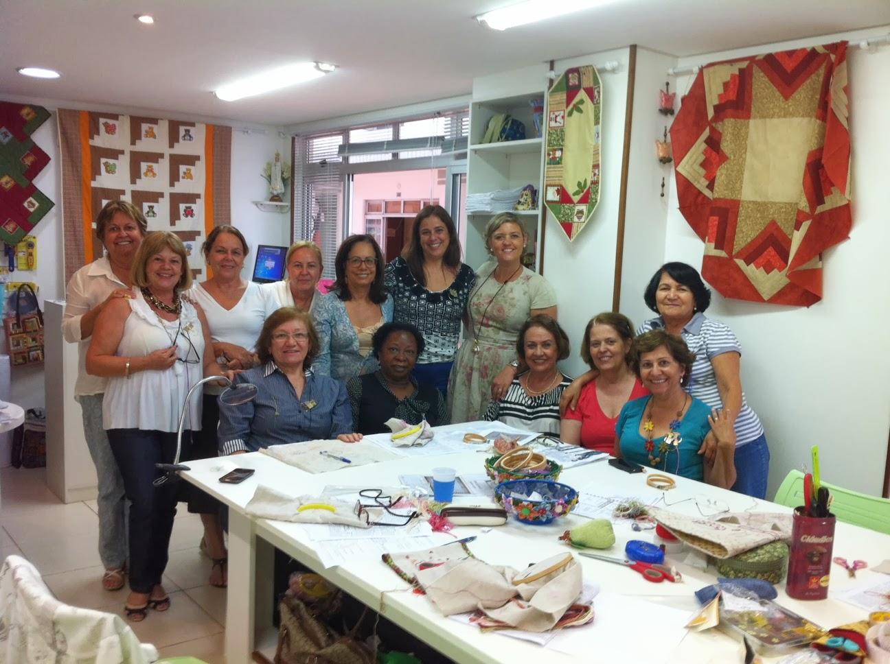Le petit atelier florian polis harmonia em cores bras lia for Le petit atelier