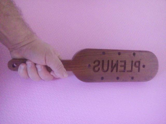 Palmatória PERSONALIZADA em madeira de Lei